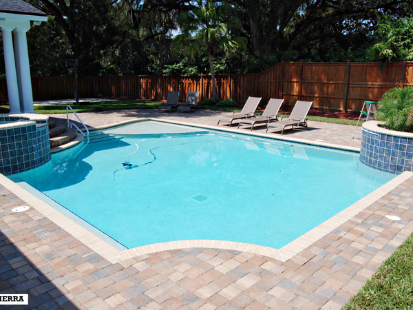 Parry pools inc residential pools for Residential pools